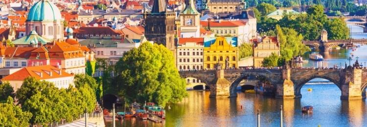 Виза в Чехию для россиян: как получить самостоятельно в 2020 году