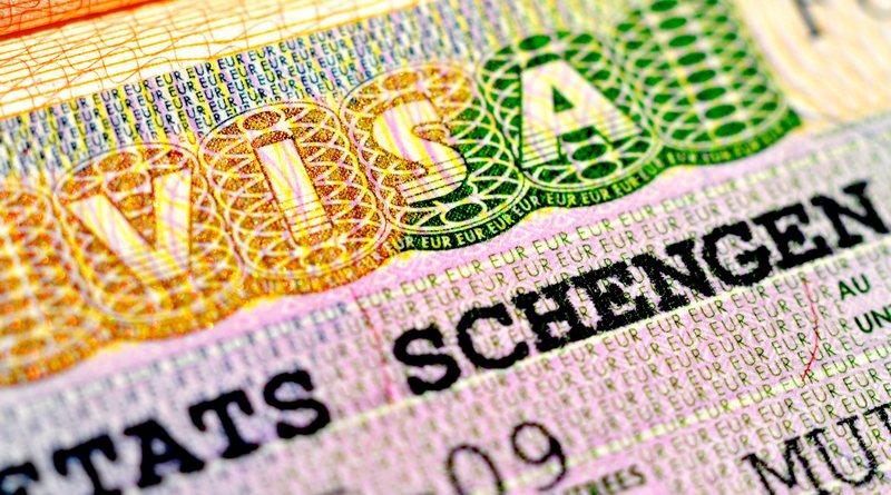 Изменения в процедуре выдачи виз: получить Шенген станет проще